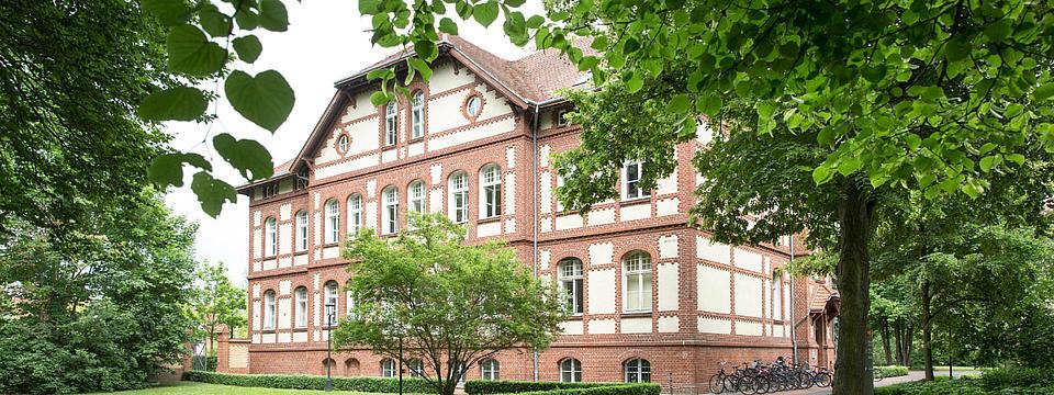 Gebäude der MHB.