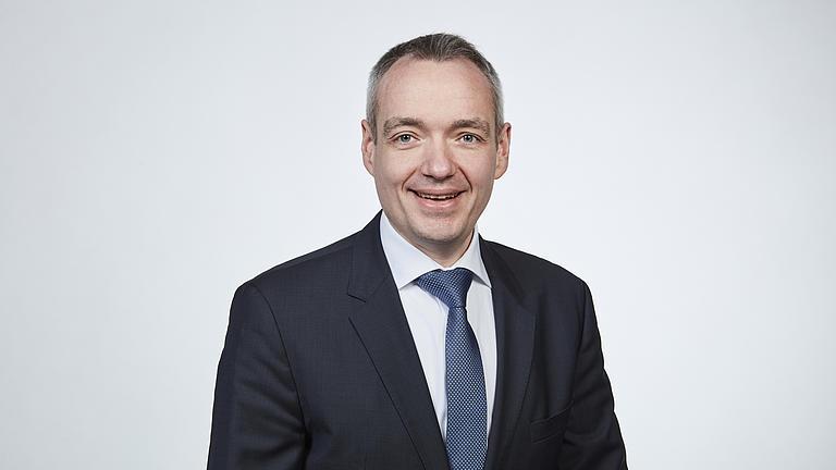 Ein Porträt-Foto von Prof. Dr. Friedrich Sommer