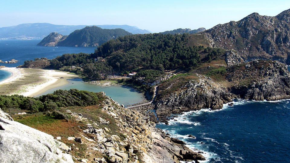 Landschaftsfoto von der Isla de Cies, Galizien, Spanien.