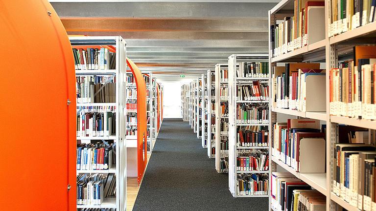 Eine Bibliothek.