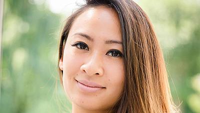 Ein Porträtfoto von Sina Tong