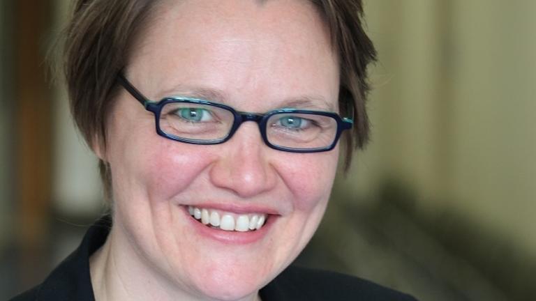 Ein Porträt-Foto von Anja Staffler