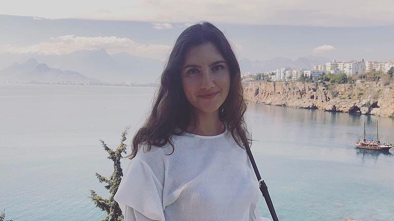 Ein Porträt-Foto von Olga V.